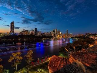 Собирать пазл Утро над Брисбеном онлайн