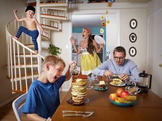 Собирать пазл Утро семьи онлайн