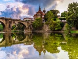 Собирать пазл В Португалии онлайн