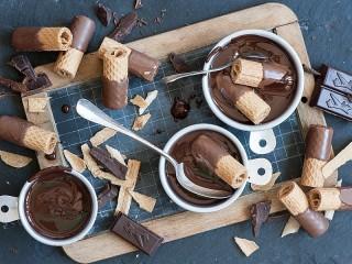 Собирать пазл Вафли в шоколаде онлайн