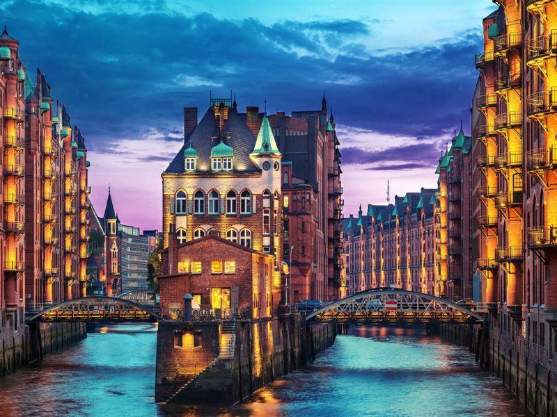 Пазл Собирать пазлы онлайн - Вечерний Гамбург