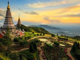 Собирать пазл Великая пагода онлайн