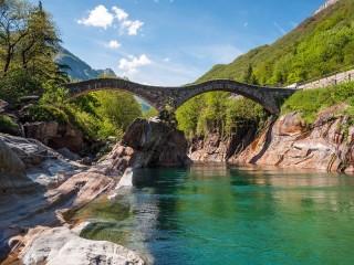 Собирать пазл Верзаска - Швейцария онлайн