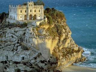 Собирать пазл Церковь Санта Мария дель Изола онлайн