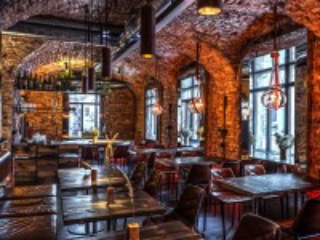 Собирать пазл Винный бар в Киеве онлайн