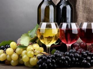 Собирать пазл Виноградное вино онлайн