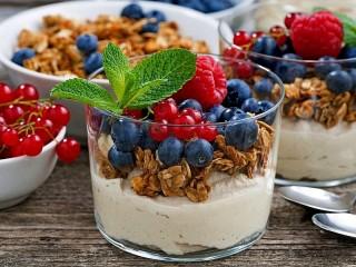 Собирать пазл Витаминный десерт онлайн