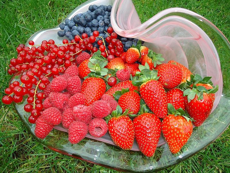 Пазл Собирать пазлы онлайн - Вкусные ягоды