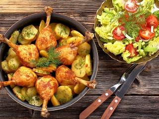 Собирать пазл Вкусный ужин онлайн