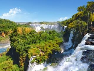 Собирать пазл Водопад. Аргентина онлайн