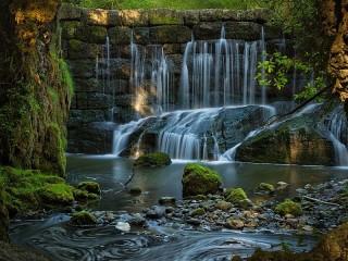 Собирать пазл Водопад в Баварии онлайн