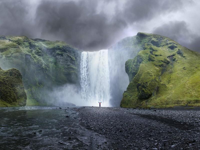 Пазл Собирать пазлы онлайн - Водопад в горах