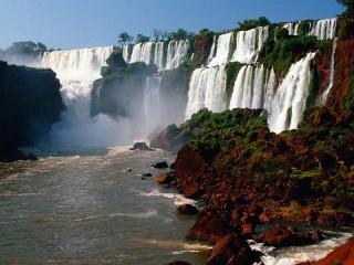 Собирать пазл Водопады Игуасу онлайн