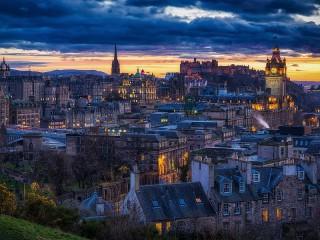 Собирать пазл Встреча с Эдинбургом онлайн