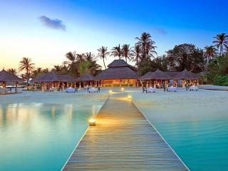 Собирать пазл Встреча с Мальдивами онлайн