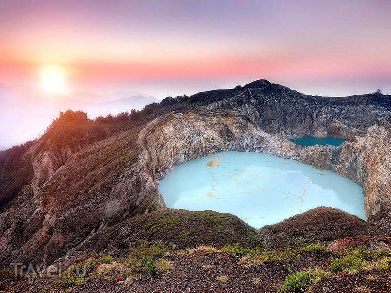 Пазл Собирать пазлы онлайн - Вулканическое озеро