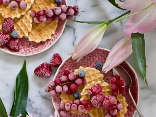 Собирать пазл Вафли с ягодами онлайн