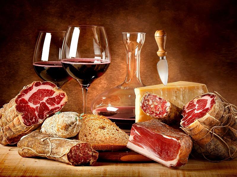 Пазл Собирать пазлы онлайн - Вино и мясо