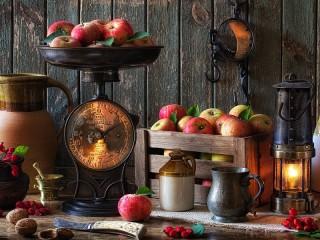 Собирать пазл Яблоки на весах онлайн