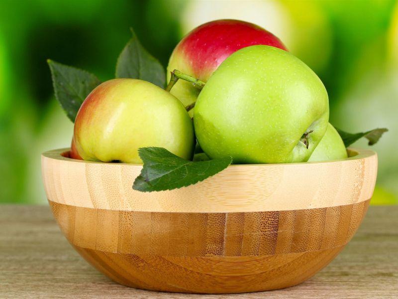 Пазл Собирать пазлы онлайн - Яблоки в миске