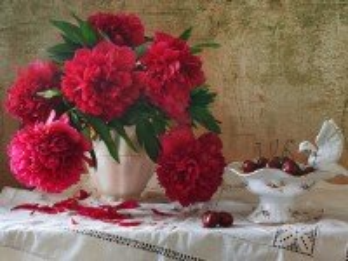 Собирать пазл Ягоды и цветы онлайн