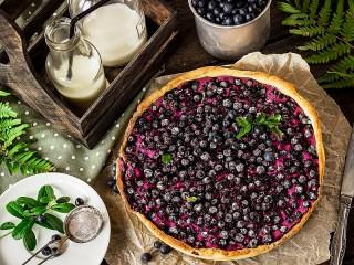 Собирать пазл Ягоды в пироге онлайн