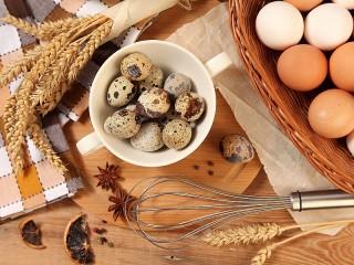 Собирать пазл Яйца и колосья онлайн