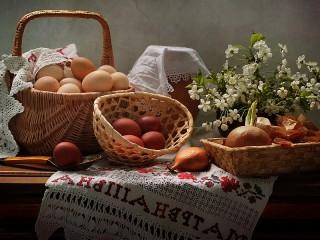 Собирать пазл Яйца и цветы онлайн