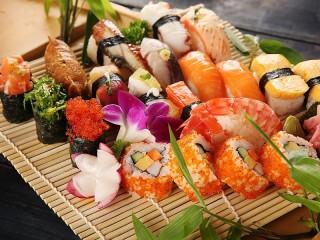 Собирать пазл Японская сервировка онлайн