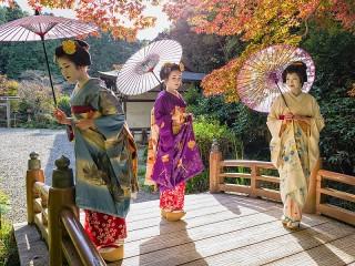 Собирать пазл Японские гейши онлайн