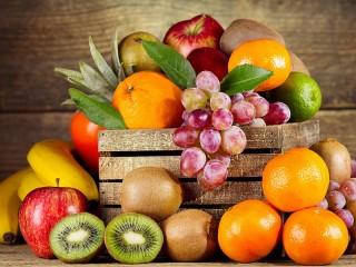 Собирать пазл Ящик с фруктами онлайн