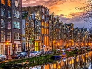 Собирать пазл Закат в Амстердаме онлайн