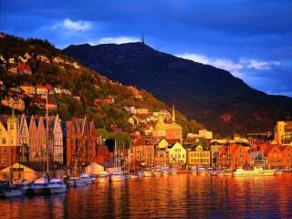 Собирать пазл Закат в Бергене онлайн