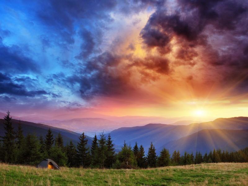 Пазл Собирать пазлы онлайн - Закат в горах