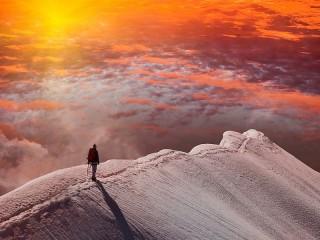 Собирать пазл Закат в горах онлайн
