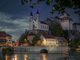 Собирать пазл Замок Аарбург онлайн
