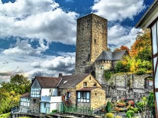 Собирать пазл Замок Бланкенстейн онлайн