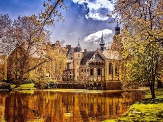 Собирать пазл Замок Дарфелд онлайн