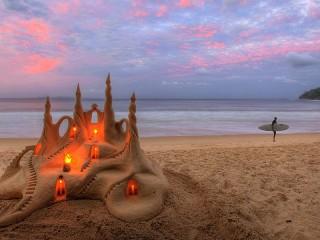 Собирать пазл Замок из песка онлайн