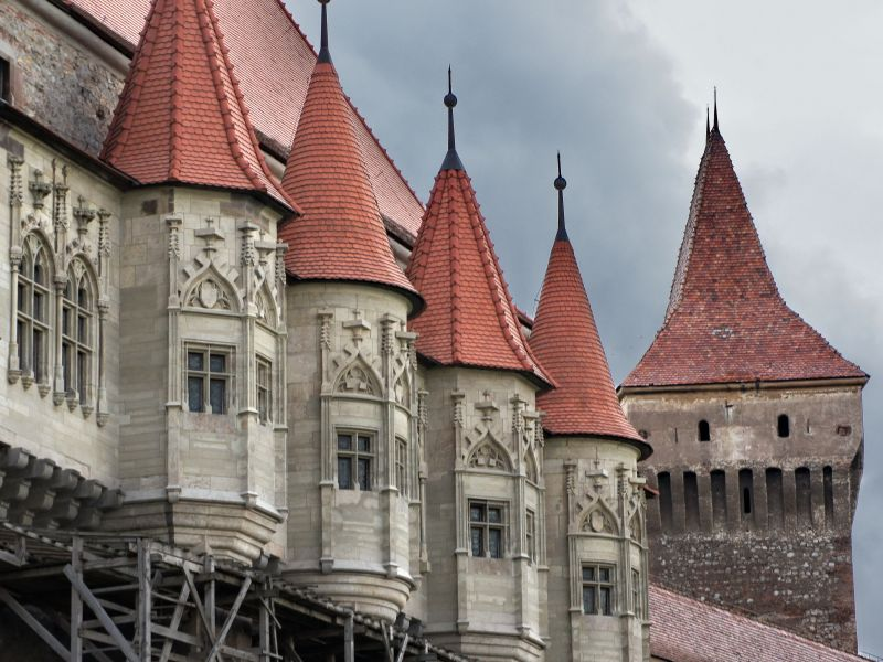 Пазл Собирать пазлы онлайн - Замок Корвинов