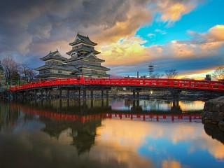 Собирать пазл Замок Мацумото онлайн