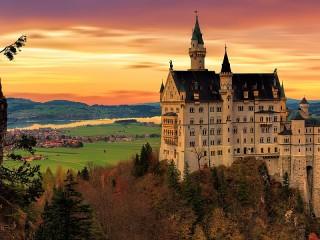 Собирать пазл Замок Нойшванштайн онлайн