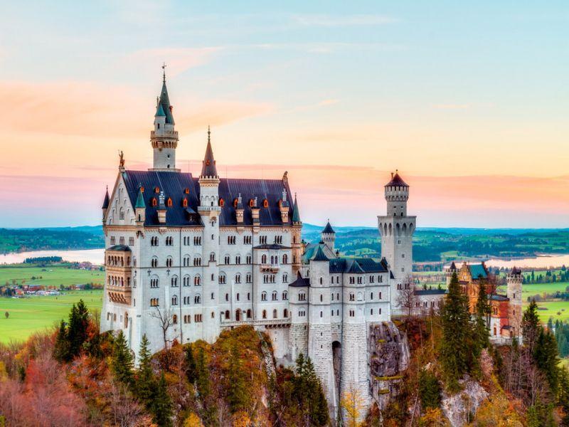 Пазл Собирать пазлы онлайн - Замок осенью