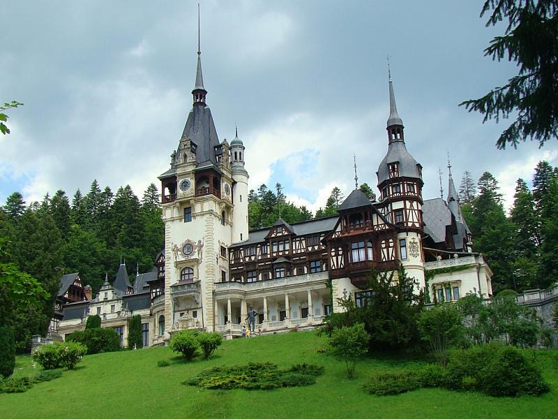 Пазл Собирать пазлы онлайн - Замок Пелеш