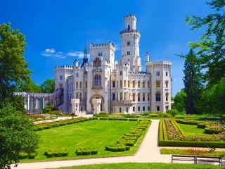 Собирать пазл Замок Глубока онлайн