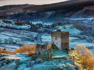 Собирать пазл Замок в долине онлайн