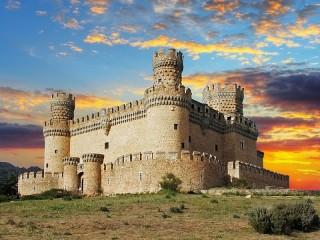 Собирать пазл Замок в Испании онлайн