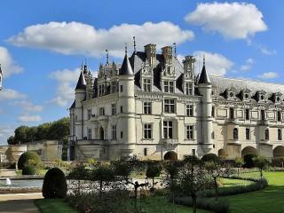 Собирать пазл Замок во Франции онлайн