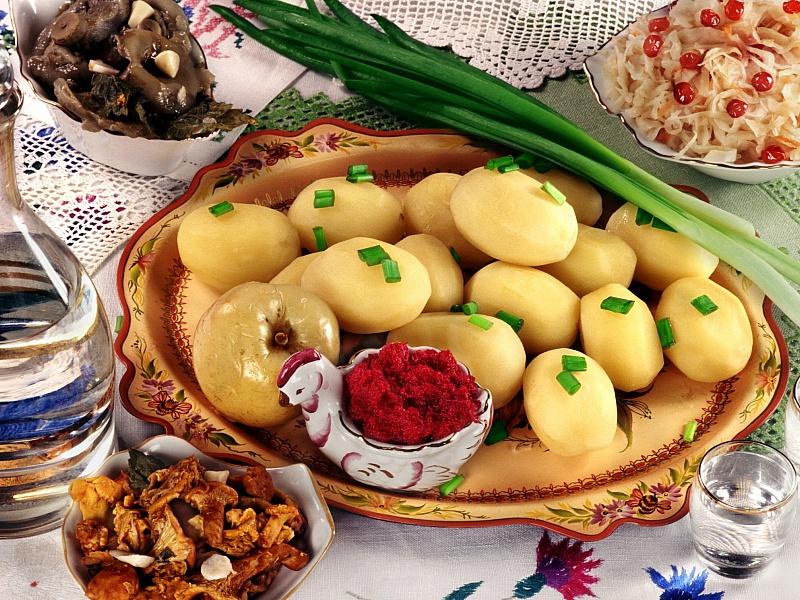 Пазл Собирать пазлы онлайн - Картошка с зеленым луком