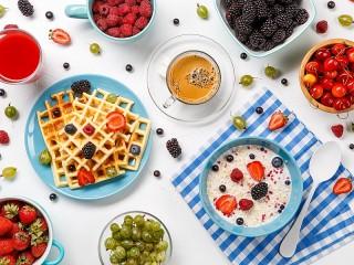 Собирать пазл Завтрак ассорти онлайн